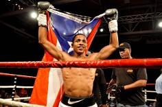 """Felix """"el Diamante"""" Verdejo campeón de la WBO con un record de 19-0, 14 nocauts es la principal estrella del boxeo y considerado el próximo pilar del boxeo puertorriqueño. Además somos fanáticos por su carisma y humildad."""